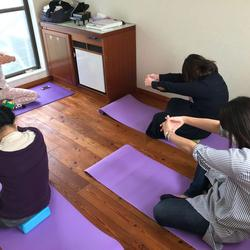 EuroCulture (Osaka, Fukushima) Lesson of yoga